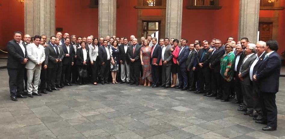 Coinciden Cepeda Salas y el Presidente López Obrador en redignificar al magisterio
