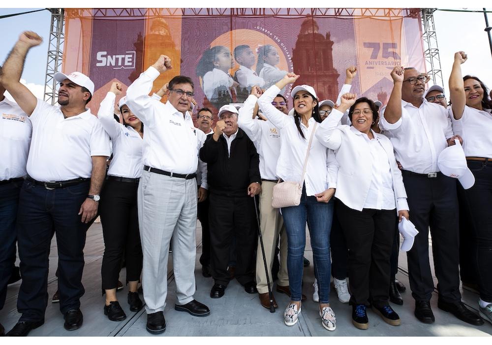 Con evento masivo, el SNTE festeja su 75 Aniversario