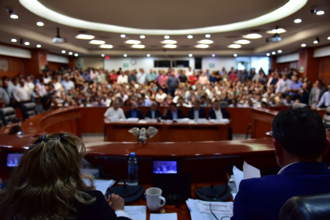 Sección 37 presente en la Glosa del VI Informe de Gobierno en Baja California