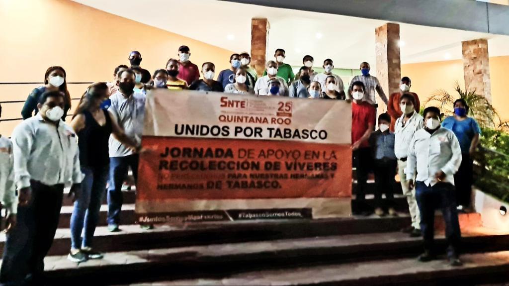 El SNTE entrega más de 9 toneladas de ayuda a trabajadores de la educación de Tabasco