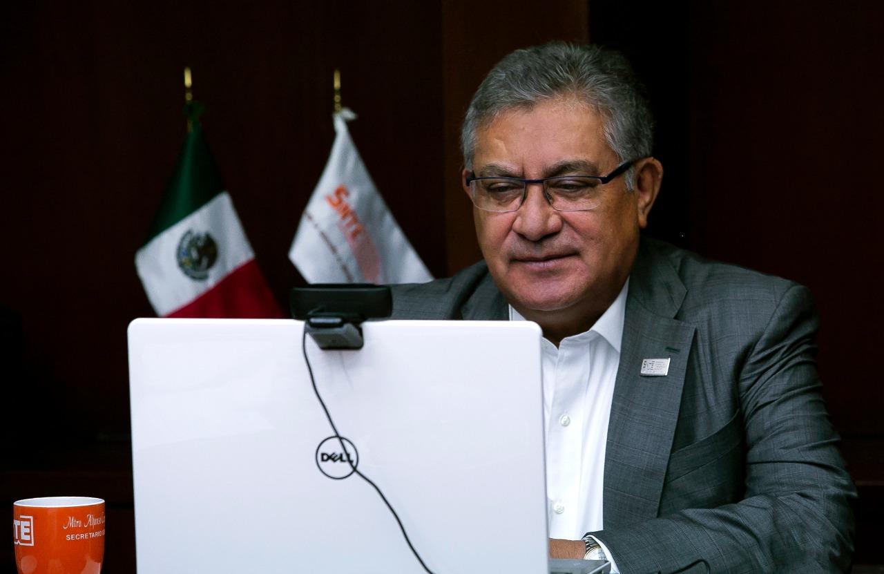 El INAI reconoce al SNTE por su transparencia
