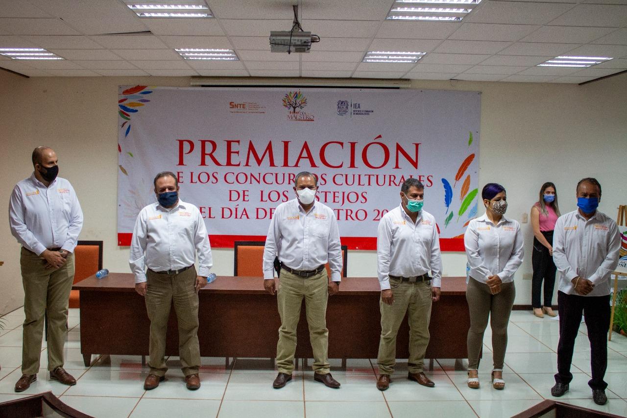 """Premiación de los concursos culturales de los festejos del """"Día del Maestro 2020"""""""