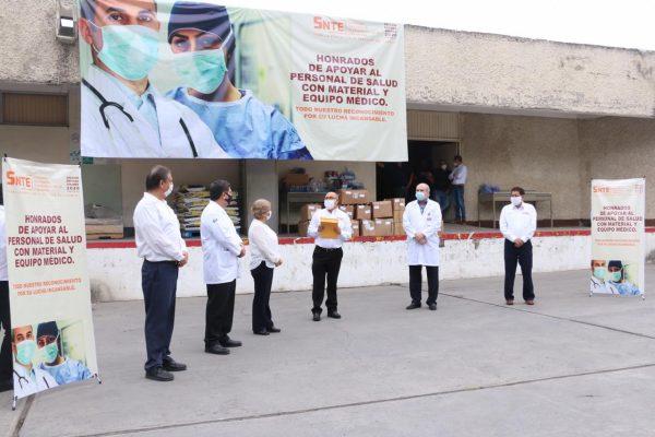 Sección 21 del SNTE participa en la entrega simultánea de materiales e insumos médicos al ISSSTE00001