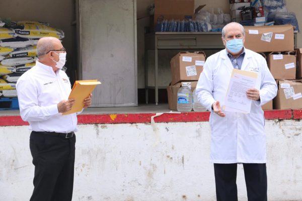 Sección 21 del SNTE participa en la entrega simultánea de materiales e insumos médicos al ISSSTE00003