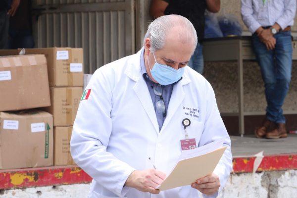 Sección 21 del SNTE participa en la entrega simultánea de materiales e insumos médicos al ISSSTE00009