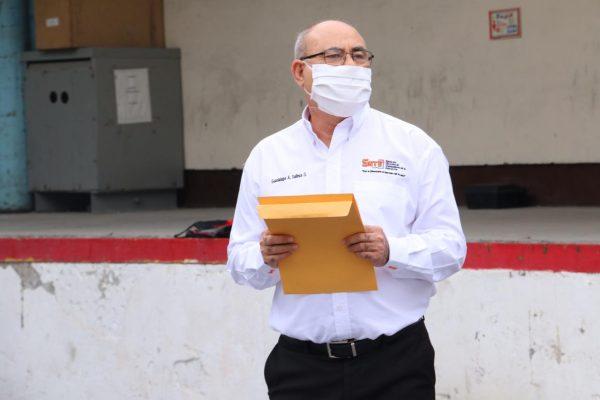 Sección 21 del SNTE participa en la entrega simultánea de materiales e insumos médicos al ISSSTE00017