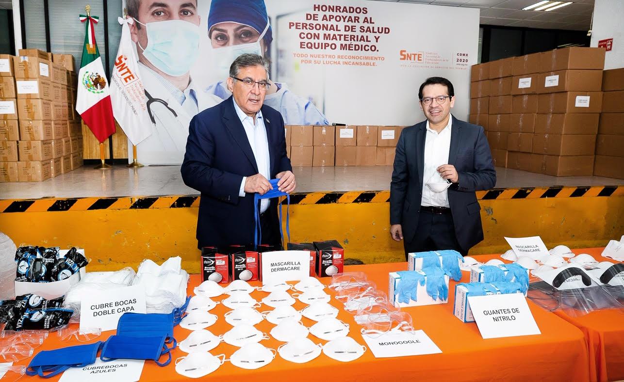 El SNTE dona insumos médicos al ISSSTE