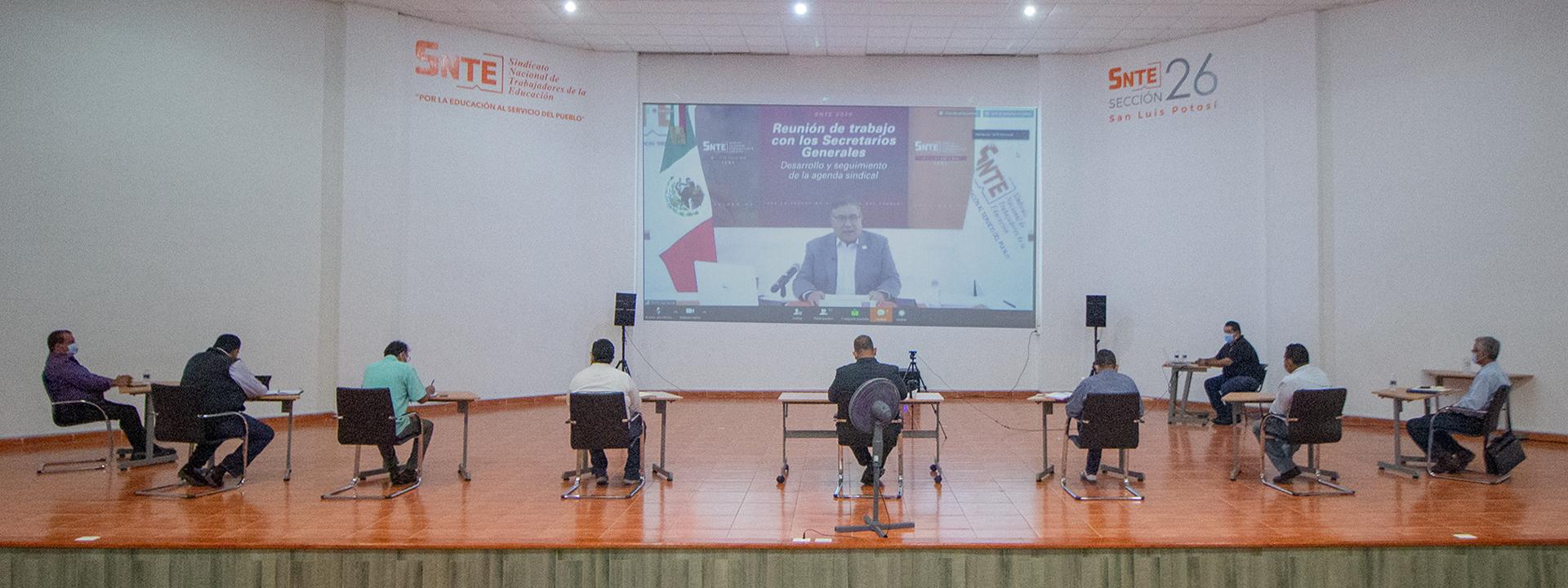 Reunión de trabajo del Maestro Alfonso Cepeda Salas con Secretarios Generales del país
