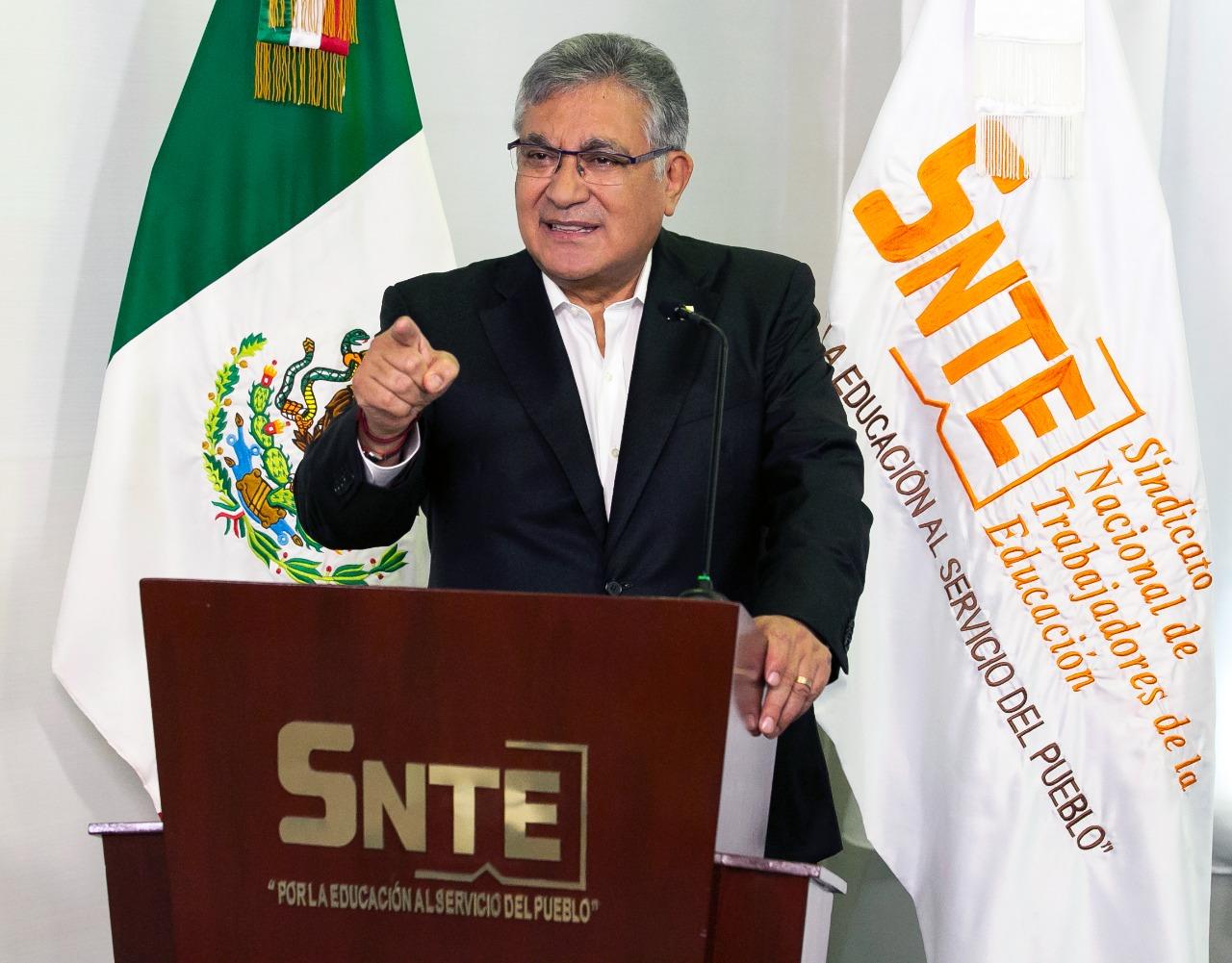 El SNTE honra a los maestros por su destacada labor durante la pandemia