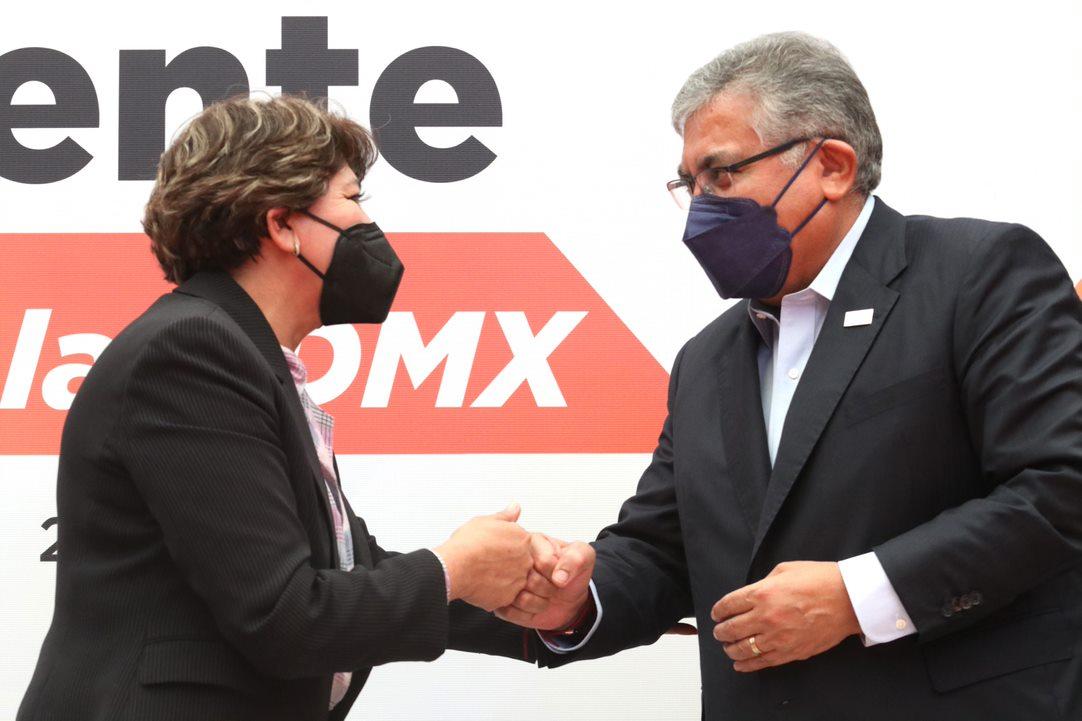 Entregan la SEP y el SNTE más de 44 mil basificaciones para el personal educativo de la Ciudad de México