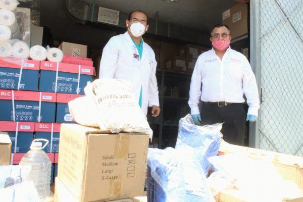 La Sección 33 del SNTE entrega insumos de protección sanitaria al Hospital del ISSSTE en Yucatán