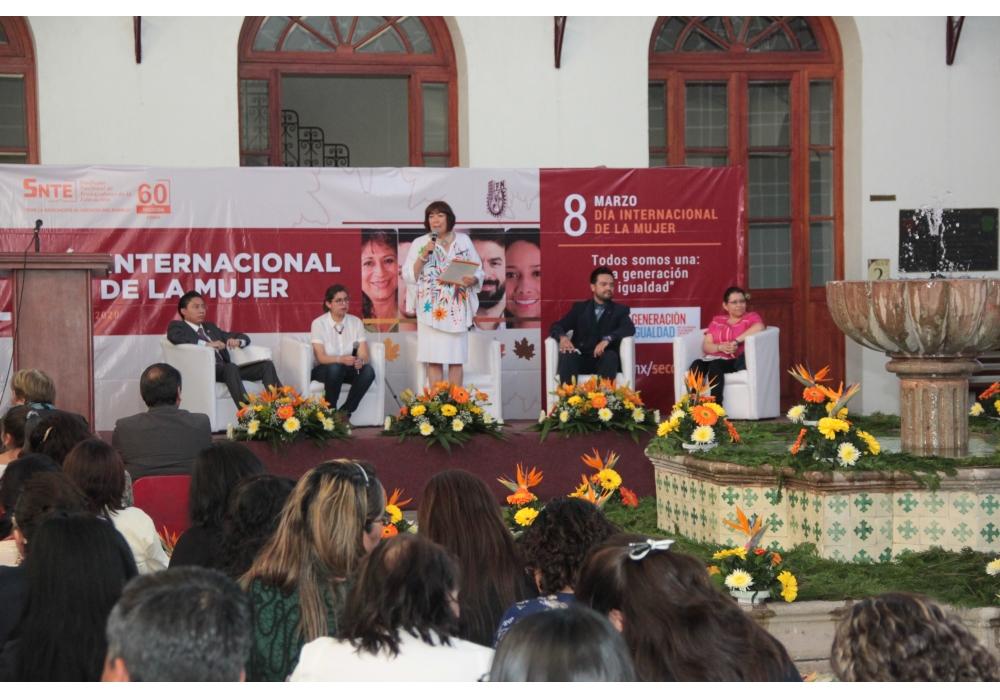 Sección 60 Conmemora el Día Internacional de la Mujer