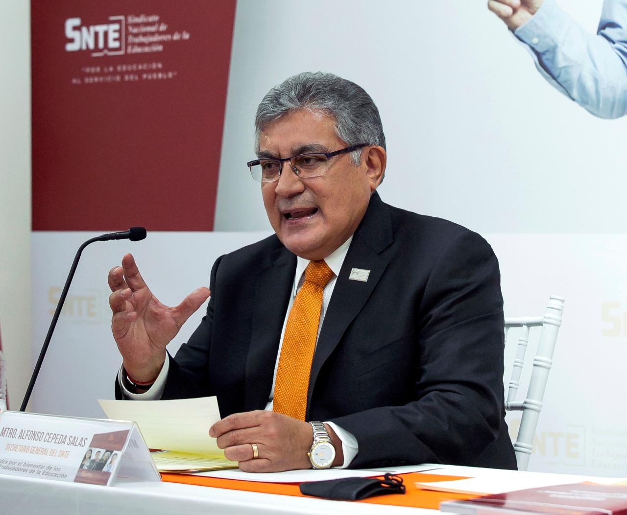 """El SNTE propone """"Tres V"""" para el regreso a clases presenciales"""