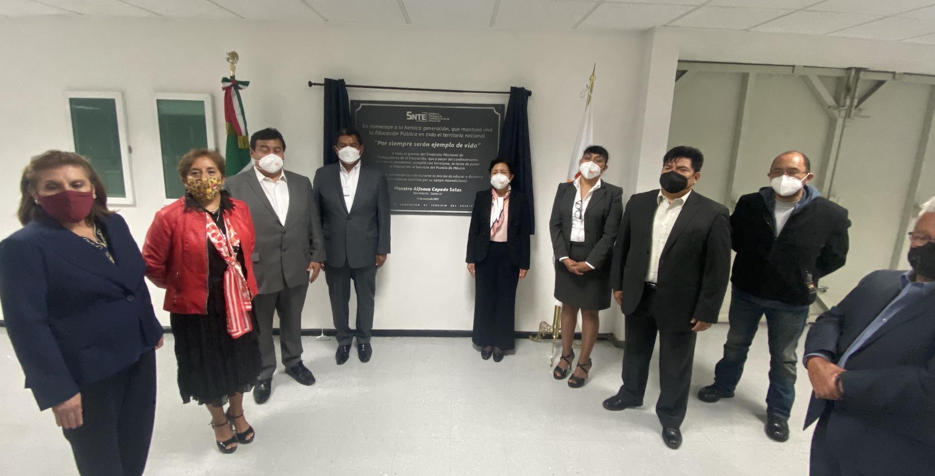 La Sección 60 y el SNTE a nivel nacional honran a los maestros por su destacada labor durante la pandemia